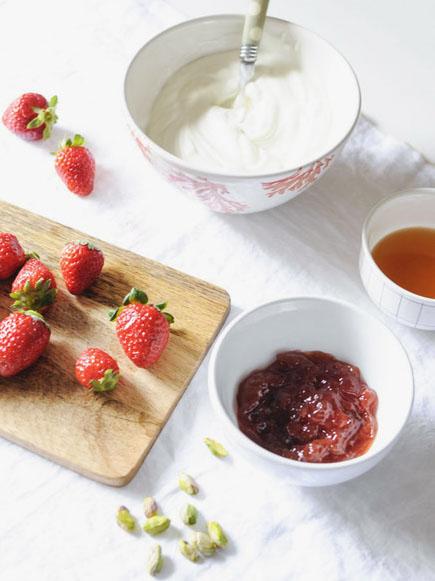 Galleta Helada de Yogurt y Fresas